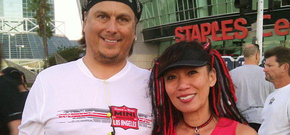 Terry and Jenny at the Los Angeles Rock 'n' Roll Marathon start line