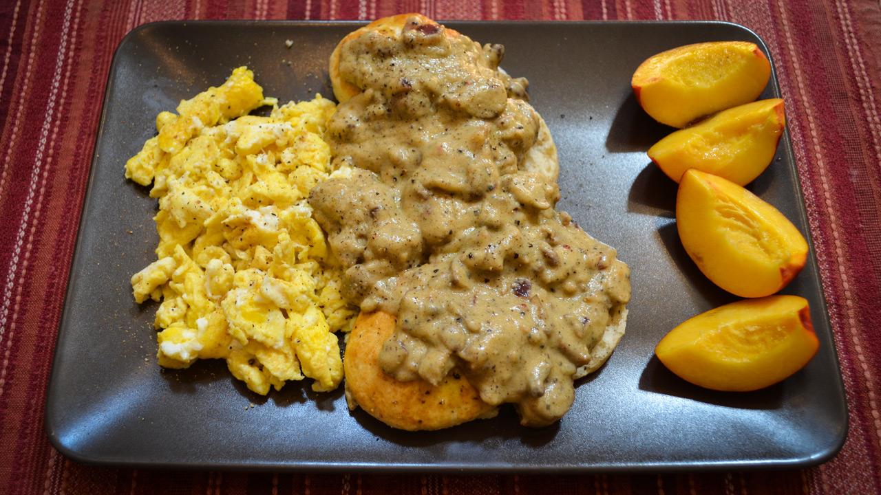 majamaki.comVegetarian Biscuits and Cauliflower Gravy recipe by Terry ...